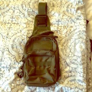 Handbags - Shoulder pack